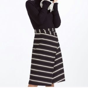 Zara black and white faux wrap skirt in Size Small